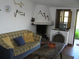 Cozy Cottage in Comporta with Long Term Rentals Allowed, sleeps 4 - Comporta vacation rentals