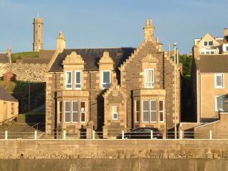 A Shore Thing, 11a Shore Street, Macduff - Macduff vacation rentals