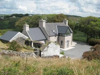 Crab Cottage, lovely cottage with panoramic views, Mill Cove, Rosscarbery - County Cork vacation rentals