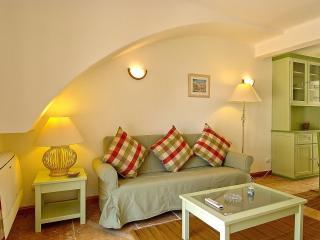 Giddah Green Apartment, Albufeira, Algarve - Olhos de Agua vacation rentals