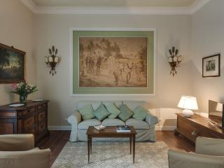 Florence, historic centre, 2 bedrooms, wifi, A/C - Florence vacation rentals