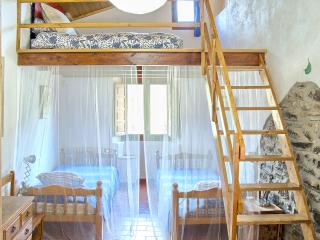 8 bedroom Cottage with Internet Access in Province of Girona - Province of Girona vacation rentals