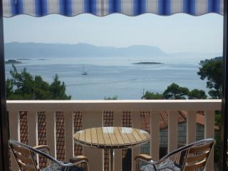 Apartments Koludrt Lumbarda A1 - Lumbarda vacation rentals