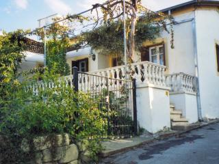 Cozy 2 bedroom Bellapais Cottage with Washing Machine - Bellapais vacation rentals