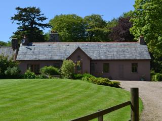 Garden Cottage - A Lovely Detached Cottage - Turriff vacation rentals