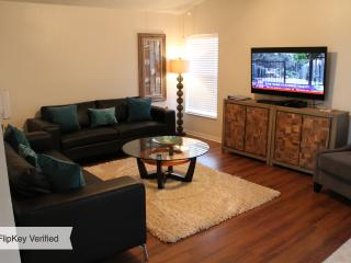 Modern Hidden Treasure Pool Villa Near All Parks! - Kissimmee vacation rentals