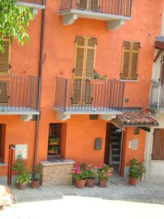 Nice B&B with Internet Access and A/C - Montemagno vacation rentals