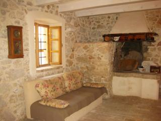 2 bedroom House with Internet Access in Mali Losinj - Mali Losinj vacation rentals