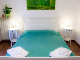 Nice 3 bedroom B&B in Trieste - Trieste vacation rentals