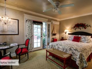 Awesome Rancho Bernardo Studio - Rancho Bernardo vacation rentals