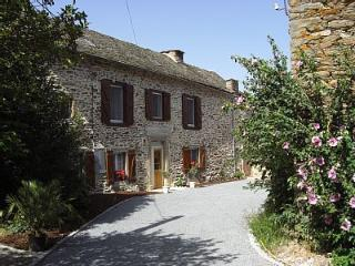 Gorgeous 5 bedroom Farmhouse Barn in Ambeyrac - Ambeyrac vacation rentals