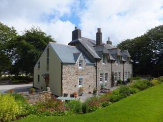 Comfortable 2 bedroom House in Helston with Internet Access - Helston vacation rentals