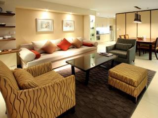 2 Bed Bangkok Soi 21 Asoke Apt - Bangkok vacation rentals