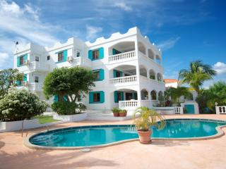 3 bedroom Suite overlooking the Atlanitic Ocean - West End Bay vacation rentals