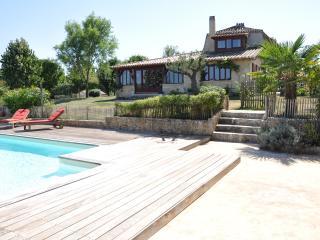 Chartreuse de charme, Maison Canteranne - Perigueux vacation rentals