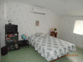 Nice 1 bedroom Dignac House with Internet Access - Dignac vacation rentals