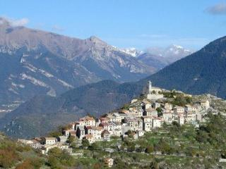 Nice 3 bedroom Alpes Maritimes House with Grill - Alpes Maritimes vacation rentals