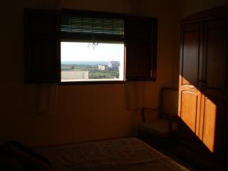 Bright 2 bedroom Condo in Salobrena with Internet Access - Salobrena vacation rentals