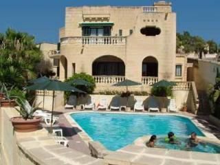 Villa Holiday apartment w/ swimming pool - Xlendi vacation rentals