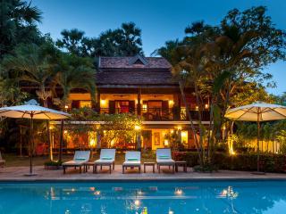 Nice 4 bedroom Villa in Siem Reap - Siem Reap vacation rentals