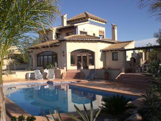 Bright 3 bedroom Villa in Fuente alamo de Murcia - Fuente alamo de Murcia vacation rentals