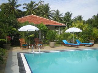 Comfortable Bungalow with A/C and Satellite Or Cable TV - Waikkal vacation rentals