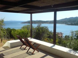 Bright 6 bedroom Villa in Sounio with Internet Access - Sounio vacation rentals