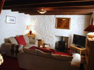 Beautiful 1 bedroom Cottage in Ardvasar - Ardvasar vacation rentals
