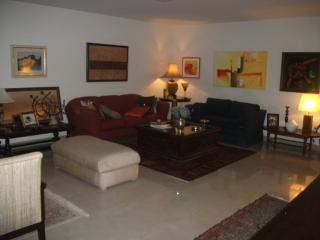 Spacious, comfortable and safe! - Brasilia vacation rentals