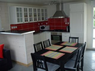 Nice House with Internet Access and Wireless Internet - Morgat vacation rentals
