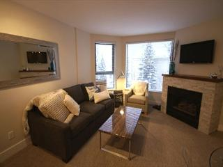 The Marquise 502 - Modern newly renovated suite, great location to the lifts - Whistler vacation rentals