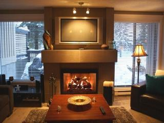 Snowberry 19 - Renovated upper village property with free parking and wifi - Whistler vacation rentals