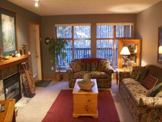 Stoney Creek Northstar 49 - Quiet location, free parking, pool and hot tub - Whistler vacation rentals