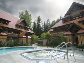 Stoney Creek Sunpath 51 - pool and hot tub access, free wifi & parking - Whistler vacation rentals