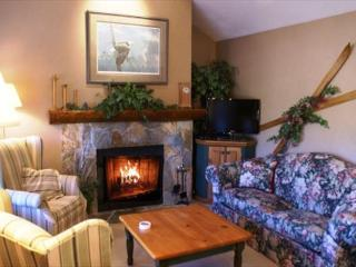 The Woods 15 - Blackcomb Benchlands condo on the golf course - Whistler vacation rentals