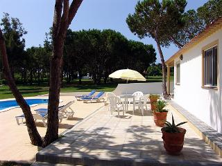 2 bedroom Villa with Internet Access in Sesmarias - Sesmarias vacation rentals