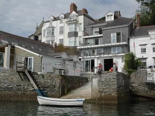 THE UPPER DECK, THE SQUARE RIG - Fowey vacation rentals