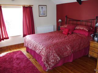 Nice Cottage with Internet Access and Dishwasher - Cowbridge vacation rentals
