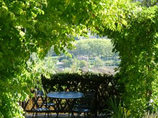 """""""La Ginestra"""" 2 bedrooms independent apartment - Magione vacation rentals"""