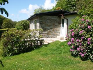 2 bedroom Cottage with Internet Access in Saint Gennys - Saint Gennys vacation rentals