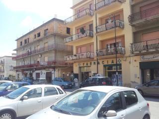 Romantic 1 bedroom Apartment in Vibo Valentia - Vibo Valentia vacation rentals