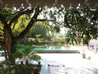 Gorgeous 5 bedroom Villa in Siolim - Siolim vacation rentals