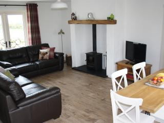 """""""Kribben Cottages"""" Rourke's 1 of 5 - Newcastle vacation rentals"""