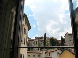 Cozy 2 bedroom Condo in Bergamo - Bergamo vacation rentals