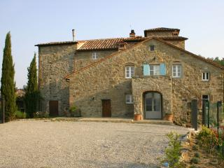 Tuscan villa with private pool and garden and breathtaking countryside views - Cortona vacation rentals