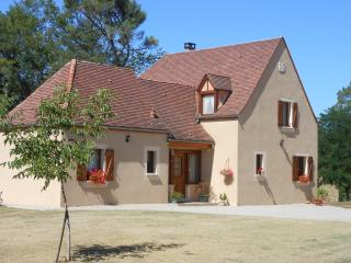 4 bedroom House with Internet Access in Payrignac - Payrignac vacation rentals