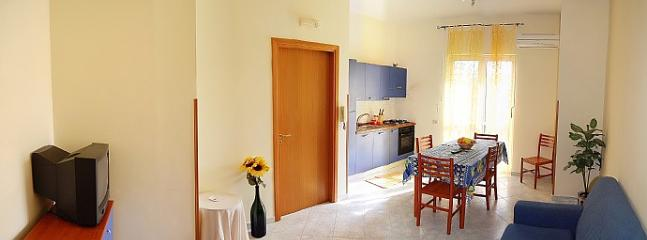 Casa Auria B - Image 1 - Maiori - rentals