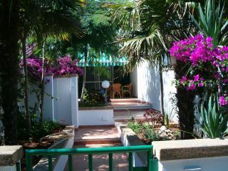nulla da invidiare al mare greco - Santa Cesarea Terme vacation rentals