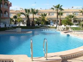 Bright Condo in Los Alcazares with A/C, sleeps 4 - Los Alcazares vacation rentals