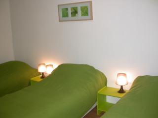 Paris 3 rooms near area montmartre 7_8 lits - Antony vacation rentals
